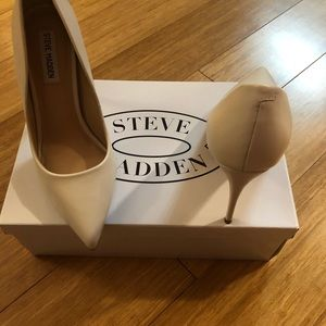Steve Madden leather stilettos